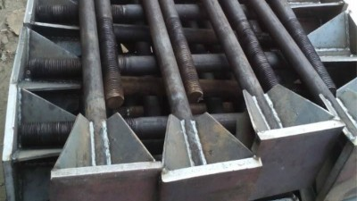 焊接地脚螺栓预留孔方法