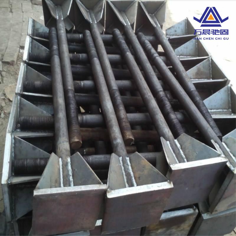分析地脚螺栓安全程度及安装精度