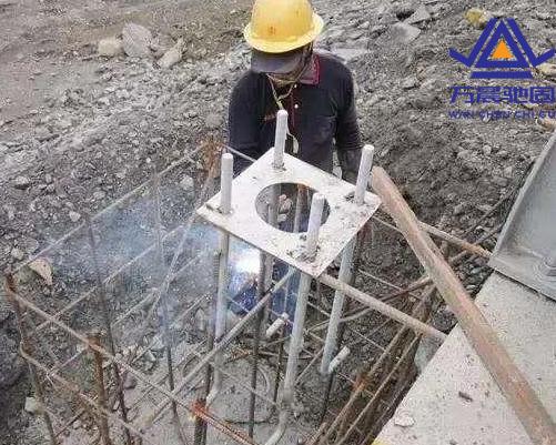 钢结构地脚螺栓施工
